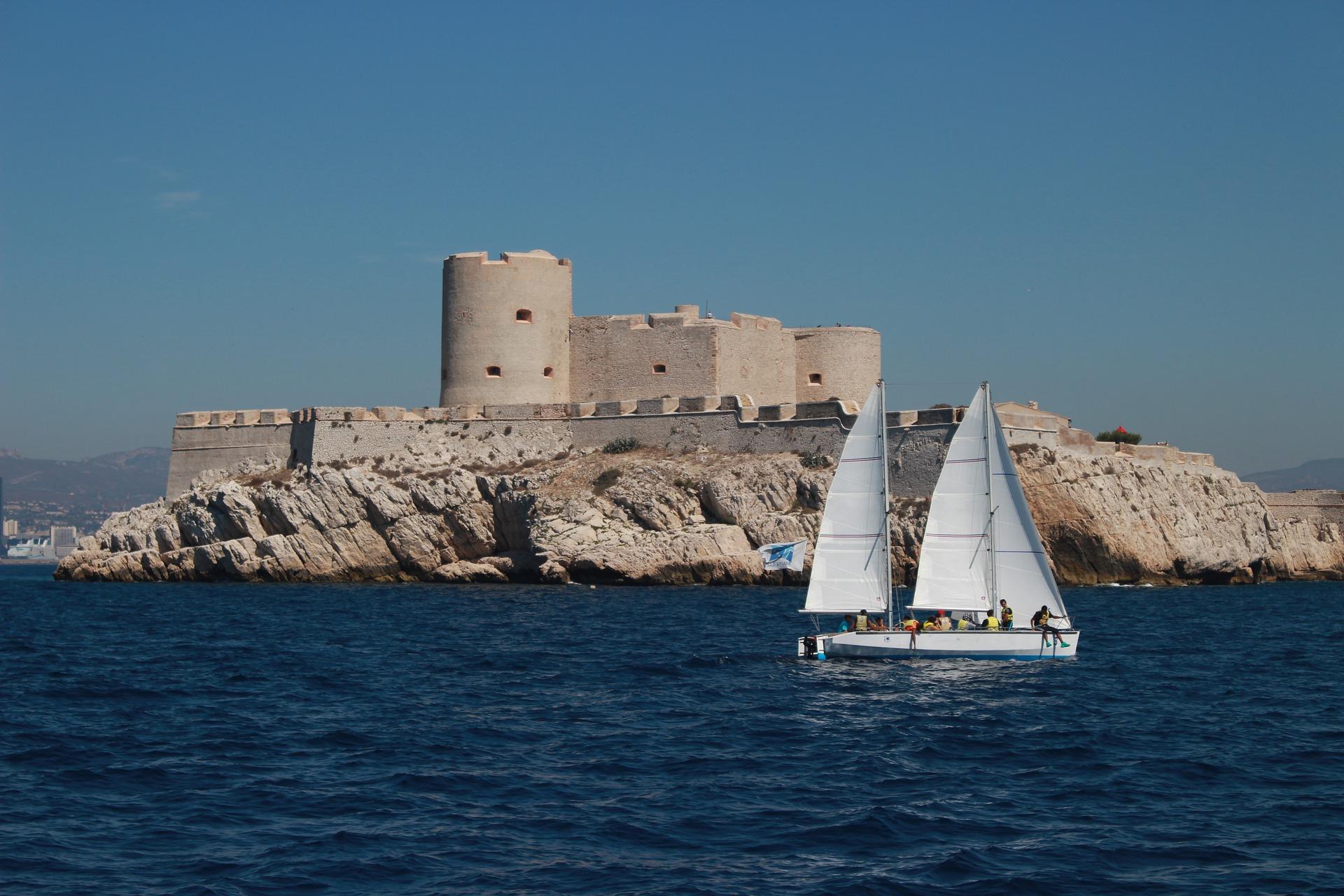 Seminaire-Marseille-Team-building-bateau