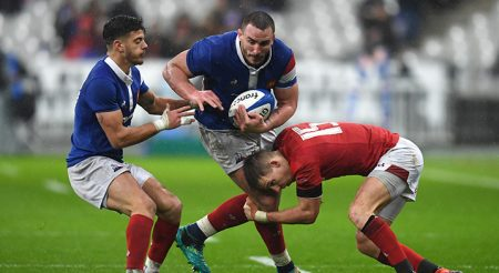 PARIS, FRANCE - FEBRUARY 01: Louis Picamoles of France is tackled by Liam Williams of Wales during the Guinness Six Nations match between France and Wales at Stade de France on February 01, 2019 in Paris, France. (Photo by Mike Hewitt/Getty Images)