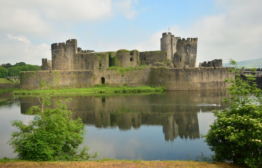 Tournoi-6-nations-galles-angleterre-sejour-sportif-seminaire-cardiff-caerphilly-castle